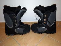 Značkové snowboardové boty HBS f398ee90f3
