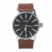Nixon Sentry Leather black/saddle