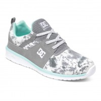 DC Heathrow Se W grey feather camo
