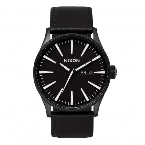 Przejść do produktu Zegarki Nixon Sentry Leather black/white 2018