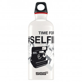 Go to the product Bottle Sigg Design selfie time 0,6l