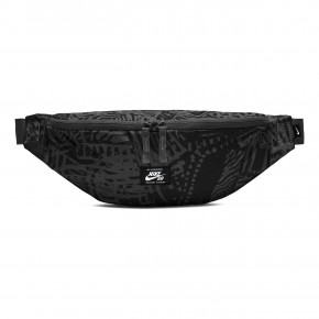 Go to the product Fanny pack Nike SB Heritage Hip black/black/white 2020
