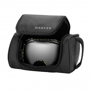 Go to the product Goggles case Oakley Large Goggle Soft Case black 2020/2021