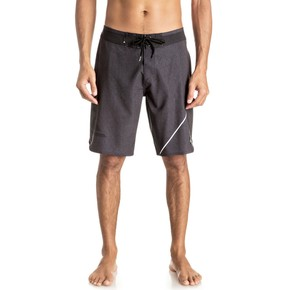 Prejsť na produkt Boardshortky Quiksilver New Wave Everyday 20 black 2017