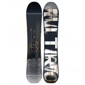 Go to the product Snowboard Nitro Magnum 2020/2021