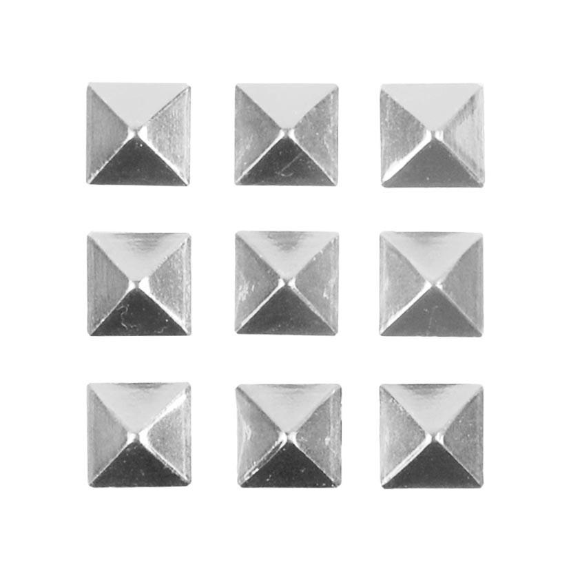Grip Gravity Pyramid Studs silver