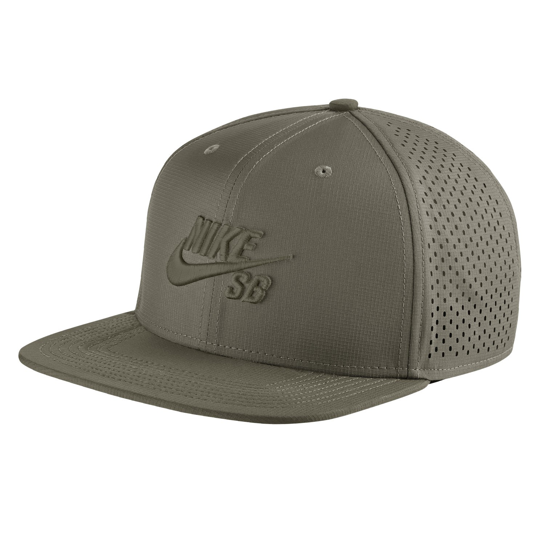 Kšiltovka Nike SB Trucker medium olive/black 17 + doručení do 24 hodin