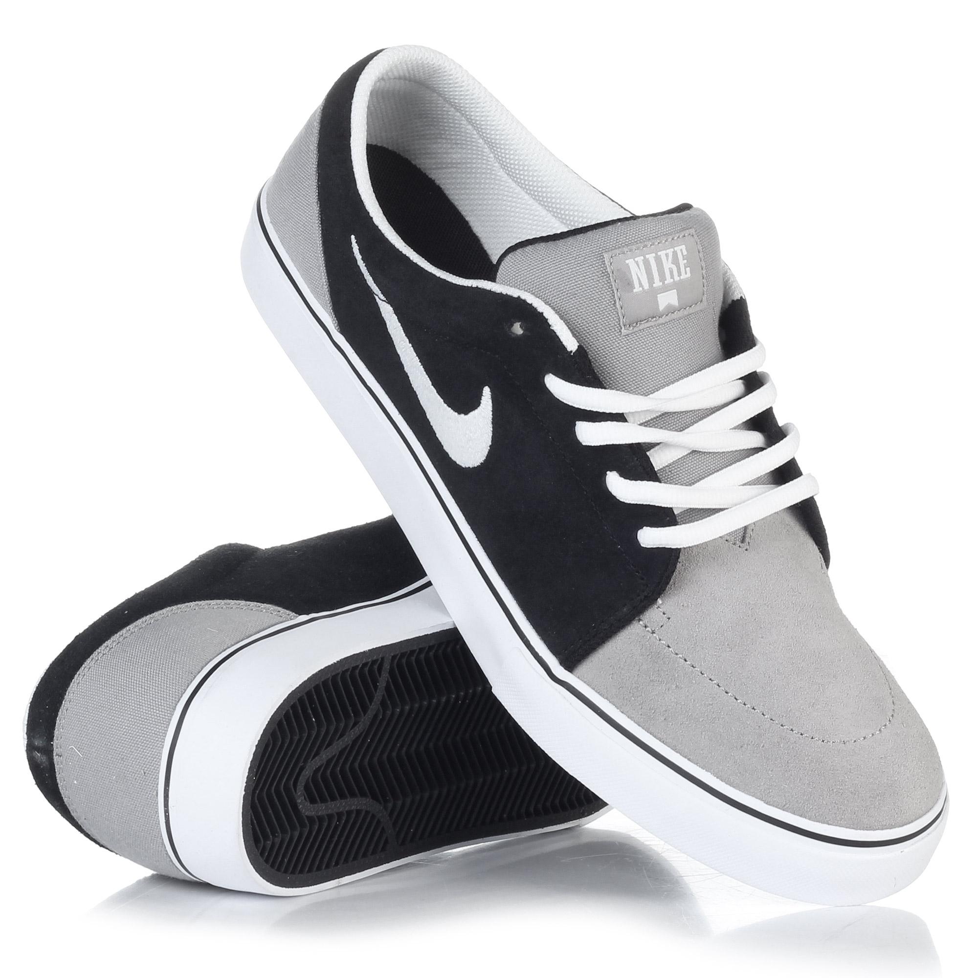 Nike Action Nike Satire Black White Medium Grey Snowboard Zezula
