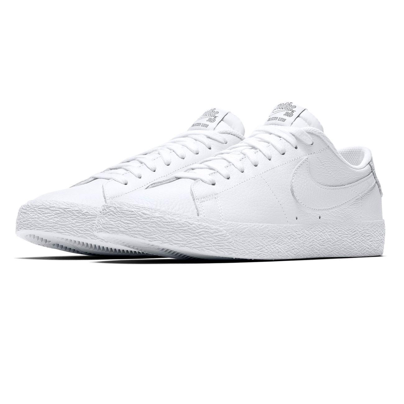 a1215301e2a8 Sneakers Nike SB Zoom Blazer Low Nba white white-rush blue-unvrst .