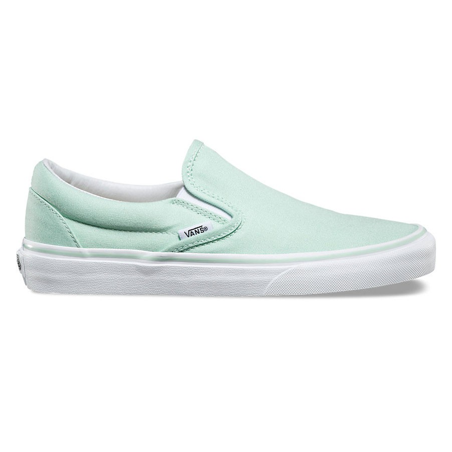 slip on vans classic slip on bay true white snowboard zezula. Black Bedroom Furniture Sets. Home Design Ideas