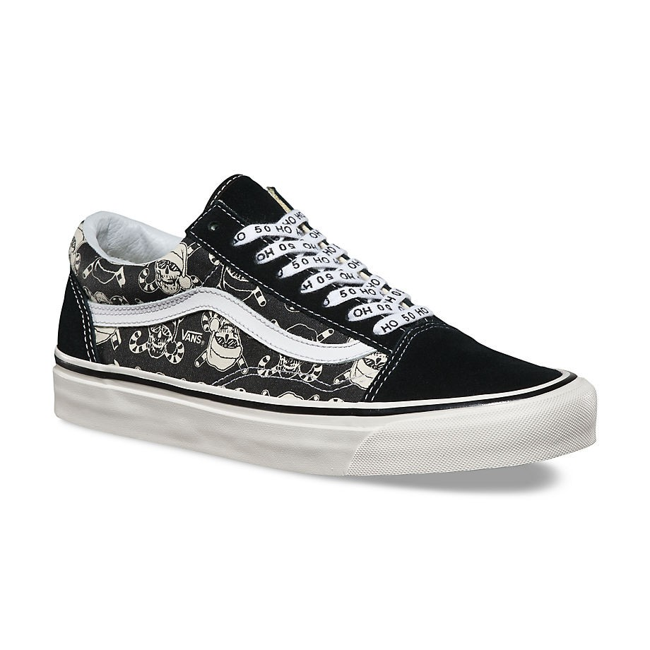c95b44d6c388 Vans Old Skool 36 Reissue Holiday 50th stv pirate santa black ...