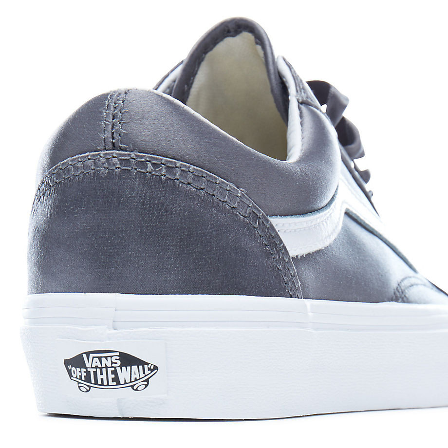 9bbccdfec7d867 Tenisky Vans Old Skool satin lux grey true white